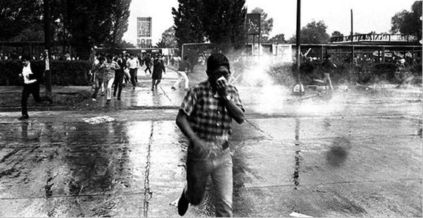 el-ejercito-mexicano-provoca-una-masacre-en-la-plaza-de-tlatelolco-600x310